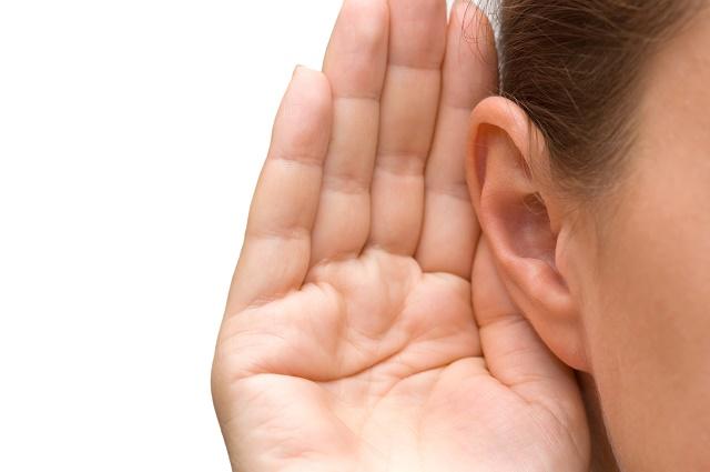 Ouvido de uma mulher