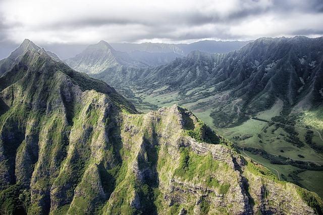 Como se formam as montanhas?