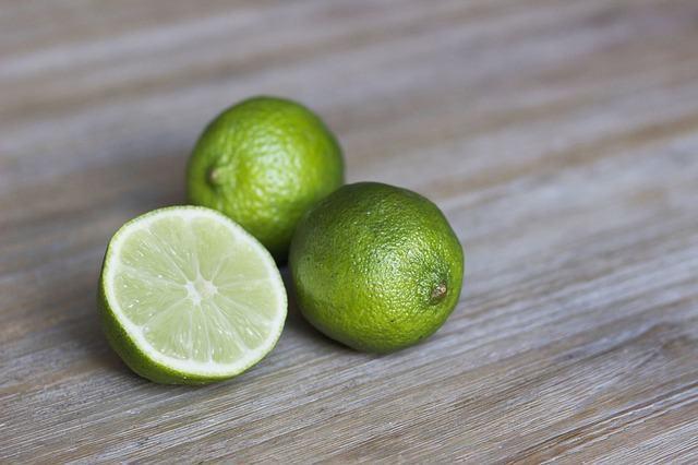 Entenda porque o limão é azedo
