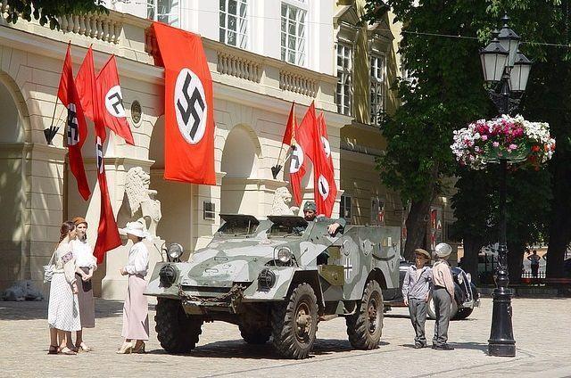entenda-o-que-representa-a-suastica-do-nazismo