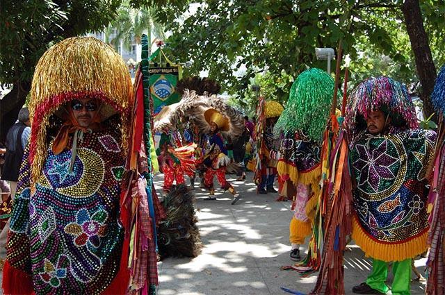 maracatu-conheca-o-significado-origem-e-as-caracteristicas-dessa-cultura
