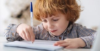 Como treinar a caligrafia em casa. Veja algumas dicas e pratique