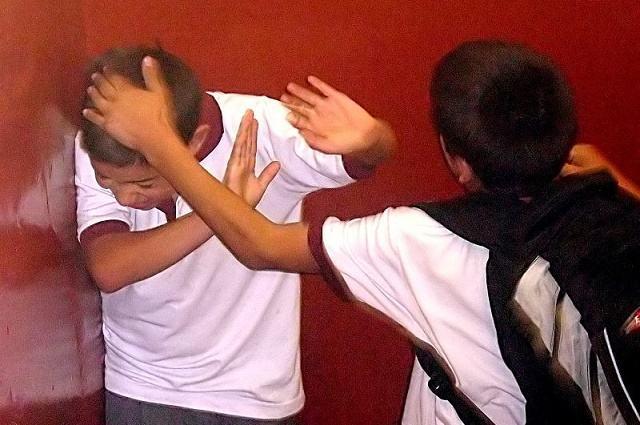 O que devo fazer quando estiver sofrendo bullying na escola