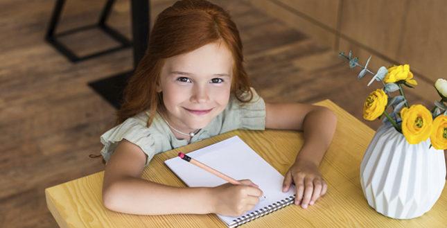 Como fazer um caderno personalizado para usar na escola