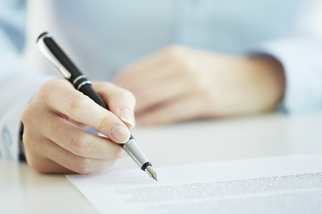 Ter o hábito de revisar os textos, além de melhorá-los, vai fazer você aprender com os erros cometidos