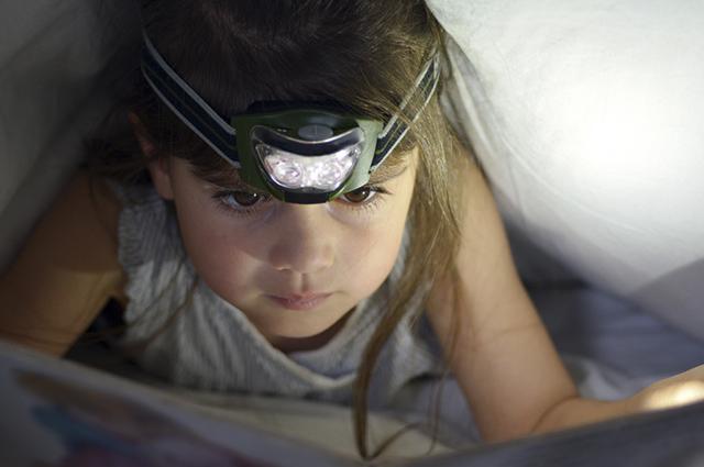 Evite se deitar à cama para estudar. Isso só vai aumentar o sono