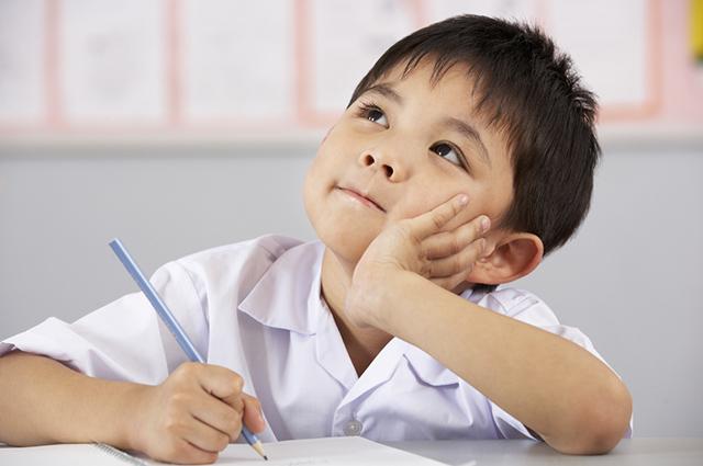 O hábito de escrever estimula e melhora vários quesitos, como: eloquência e persuasão