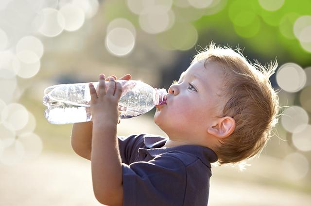 Segundo estudo, a água tem o poder de agir positivamente sobre o raciocínio