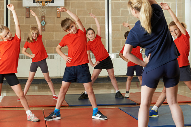 A origem da educação física escolar tem relação com a chegada da Família Real Portuguesa