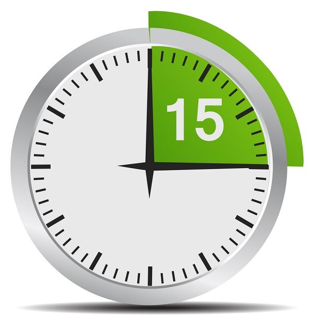 Relógio marcando 15 minutos