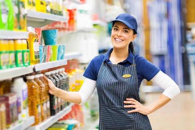 Vendedora na loja